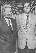 Ein Foto aus der Zeitung mit Heinz und Christoph Limberg